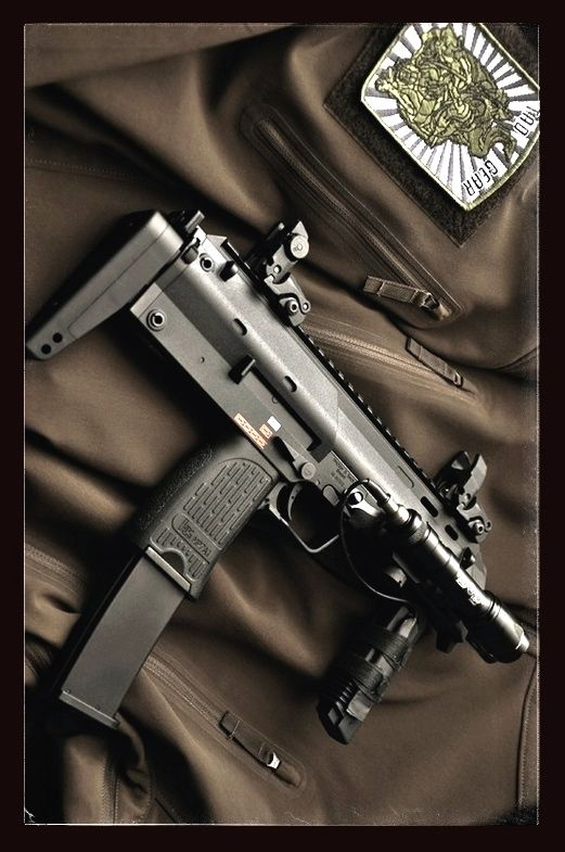 HK MP-7. Good for close in work. Not that you really want that during the zpac but its another option.