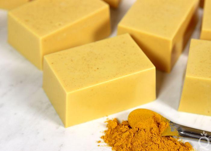 DIY Turmeric Melt & Pour Soap | Recipe (With images) | Goats milk ...