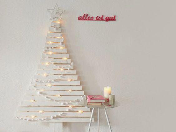 Diy tutorial: bouw een alternatieve kerstboom van houten latjes via
