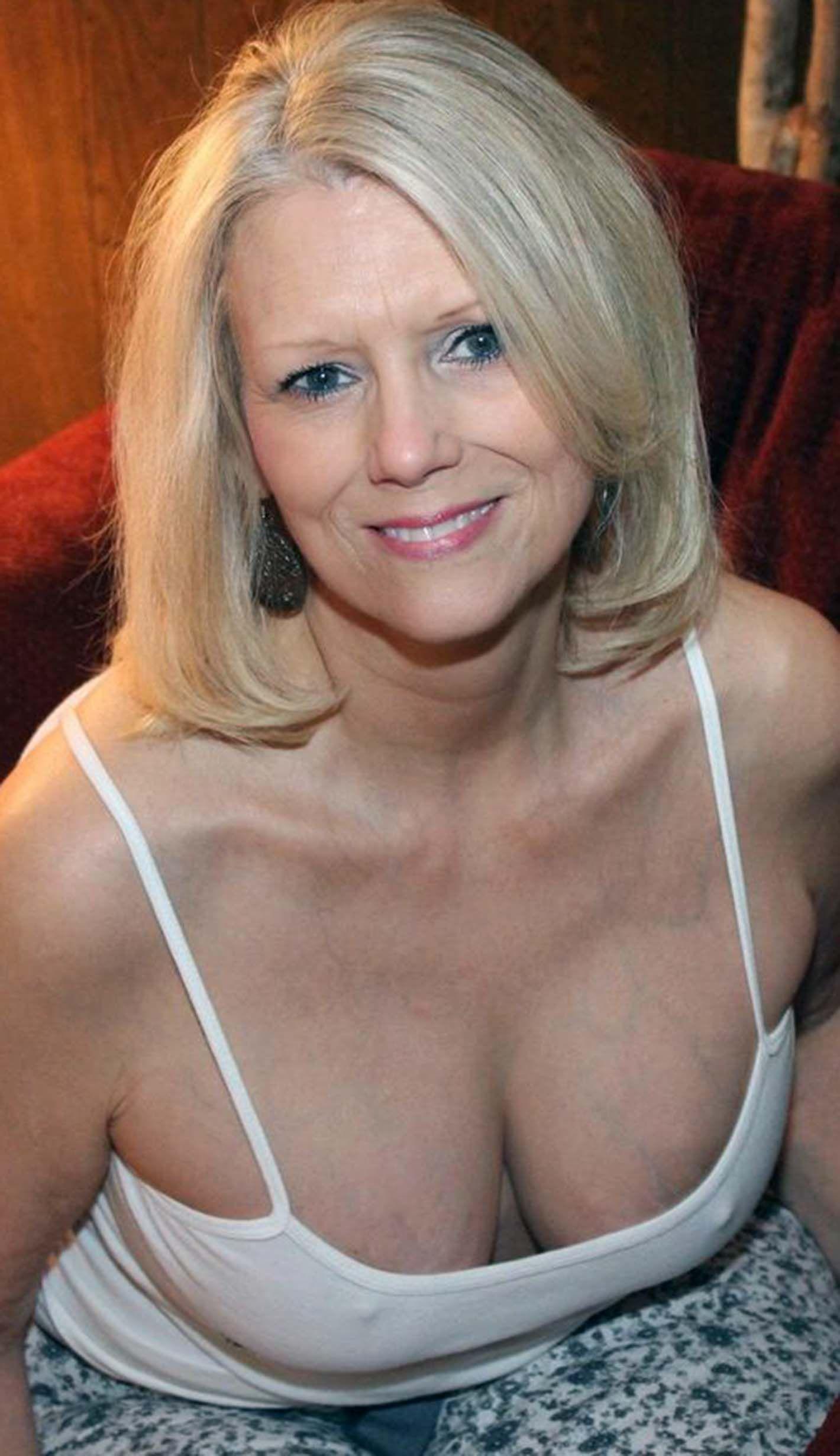 Skinny Older Women Nude
