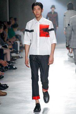 Neil Barrett Spring 2018 Menswear Fashion Show Collection