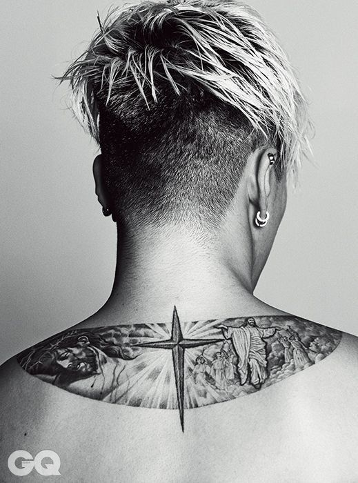 G Dragon Neck Tattoo : dragon, tattoo, G-Dragon, Jiyong, #GDRAGON, #Bigbang, Bagus,, Terapi, Seni,, Dragon