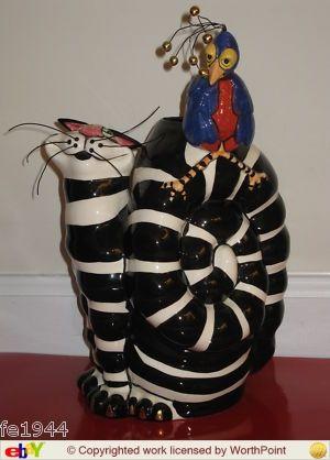 Clancey Blanche Tealight Holder Sculpture