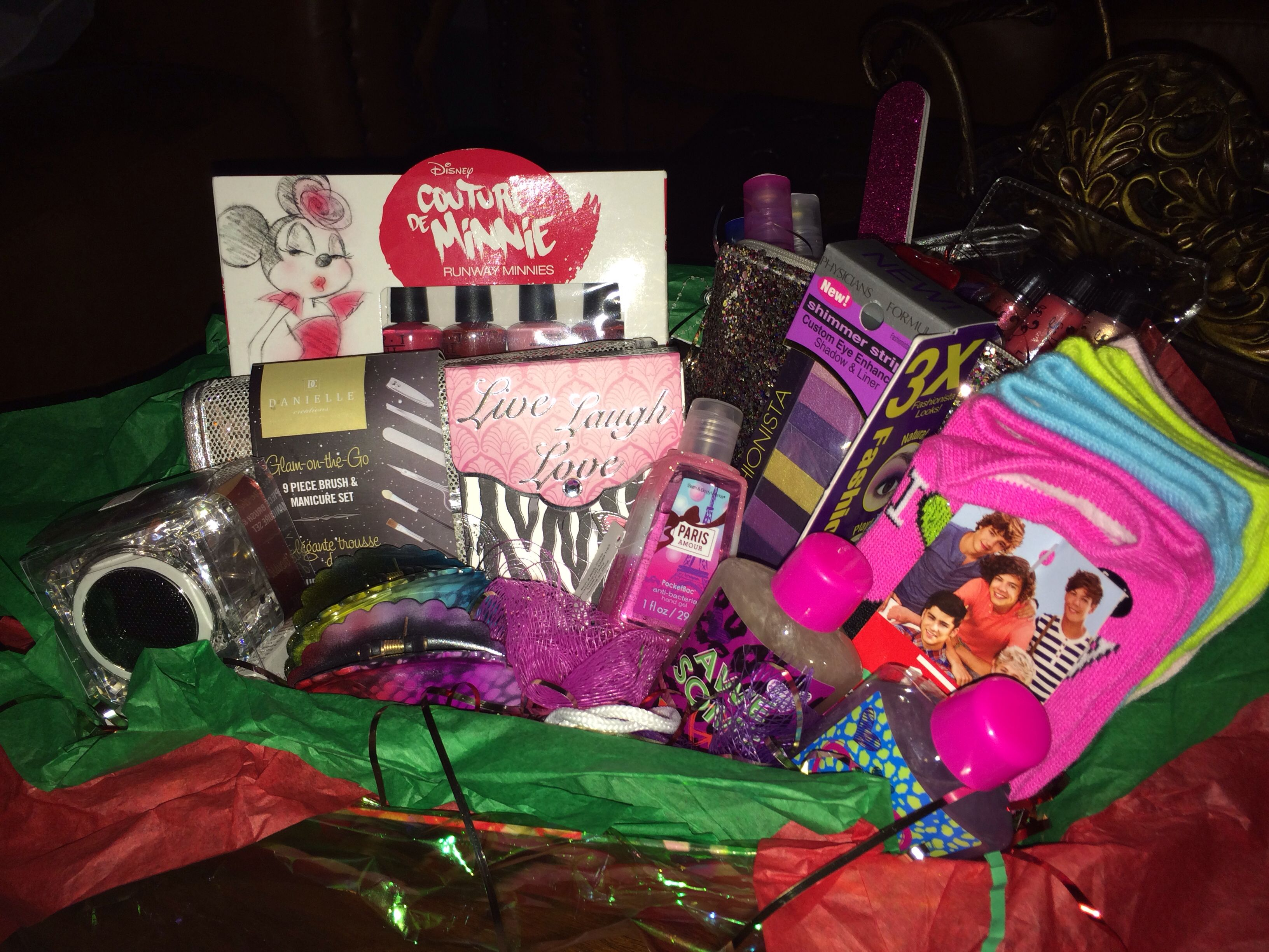 Gift basket for teen girl Gift baskets Pinterest