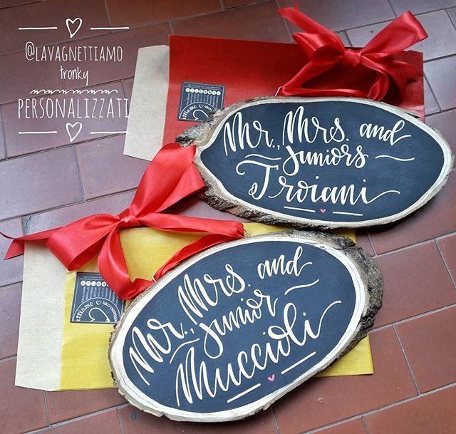 Altri #tronky personalizzati per questo Natale 2016!!!! Grazie!!!!! #woodslices #woodsign #natale #christmas #lavagnettiamo #lavagnettiamo@gmail.com #chalkboardart #art #chalkboard #lavagna #lavagnettepersonalizzate #lavagnetta #chalk #chalklettering #handwriting #handlettering #handletter #calligraphy #moderncalligraphy #calligrafia #lettering #calligrafiamoderna #chalkart #typo #igersroma #cartopazze #alittlemarket #etsyteam #madeinrome #madeinitaly
