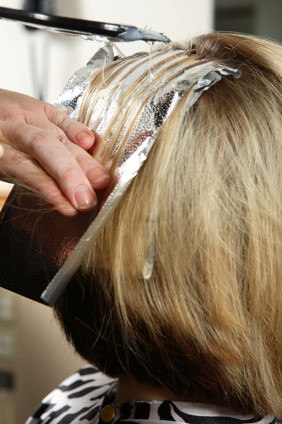 Use colorboosting gloss How to lighten hair, Diy