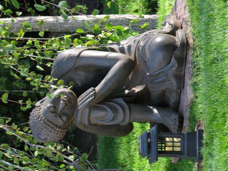 large resting buddha statue