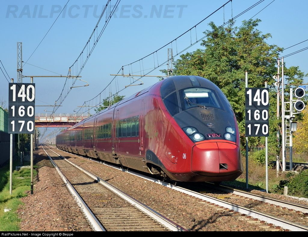 AGV from Venice, quickly through this station in the ...