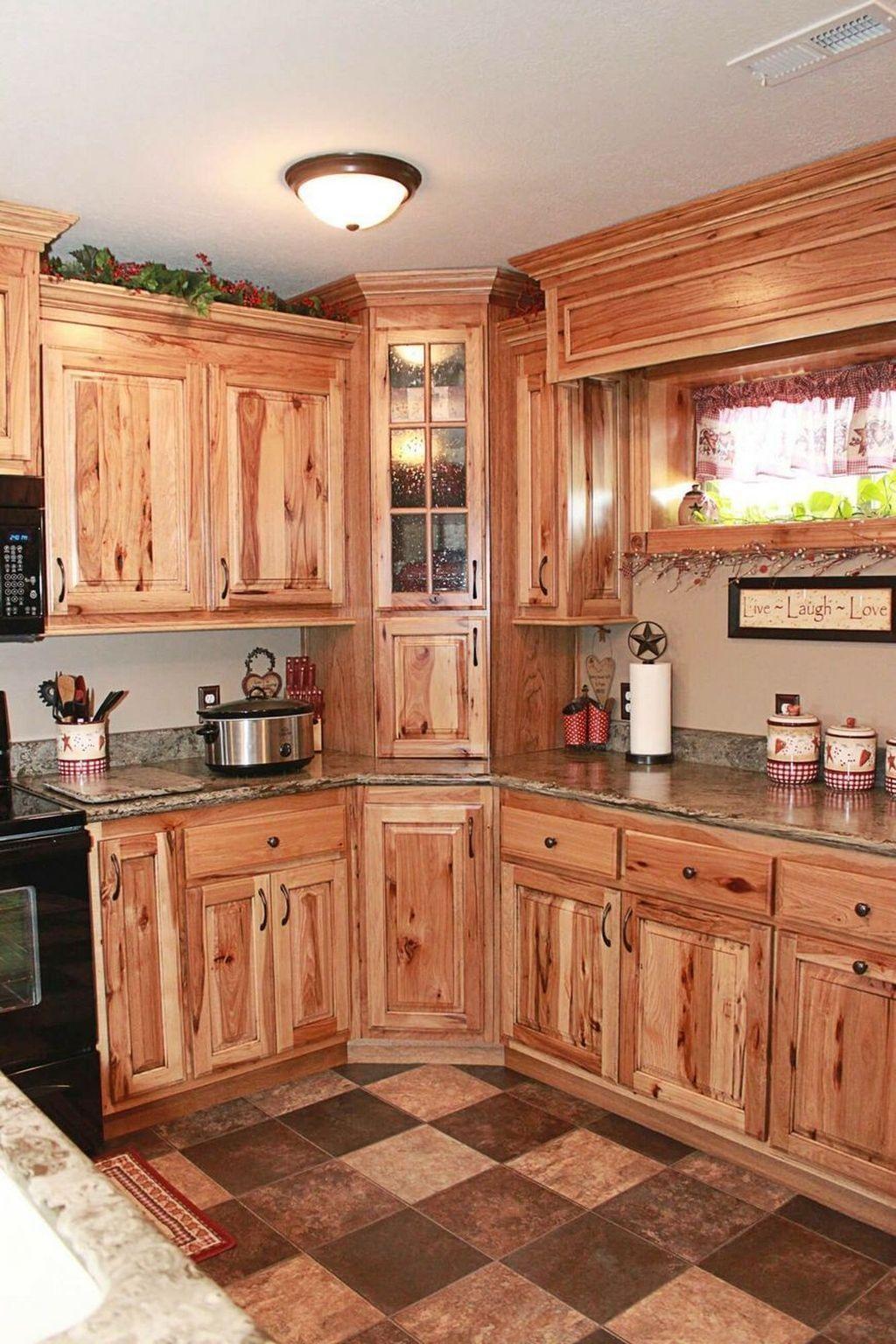33 Nice Rustic Farmhouse Kitchen Cabinets Design Ideas In 2020 Farmhouse Style Kitchen Cabinets Hickory Kitchen Cabinets Farmhouse Style Kitchen