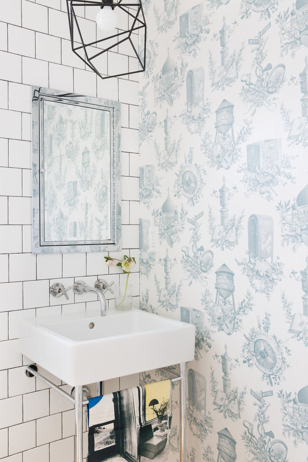 These Chic Wallpapered Bathrooms Will Convince You To Take The Plunge Bathroom Wallpaper Bathroom Decor Bathroom Design
