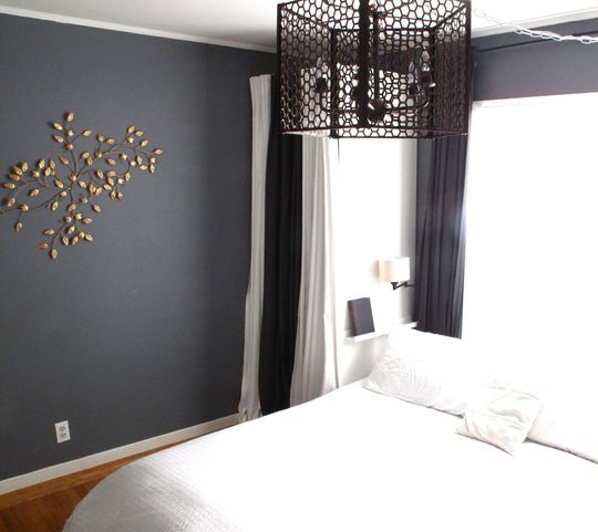 Regina's bedroom space: http://www.apartmenttherapy.com ...