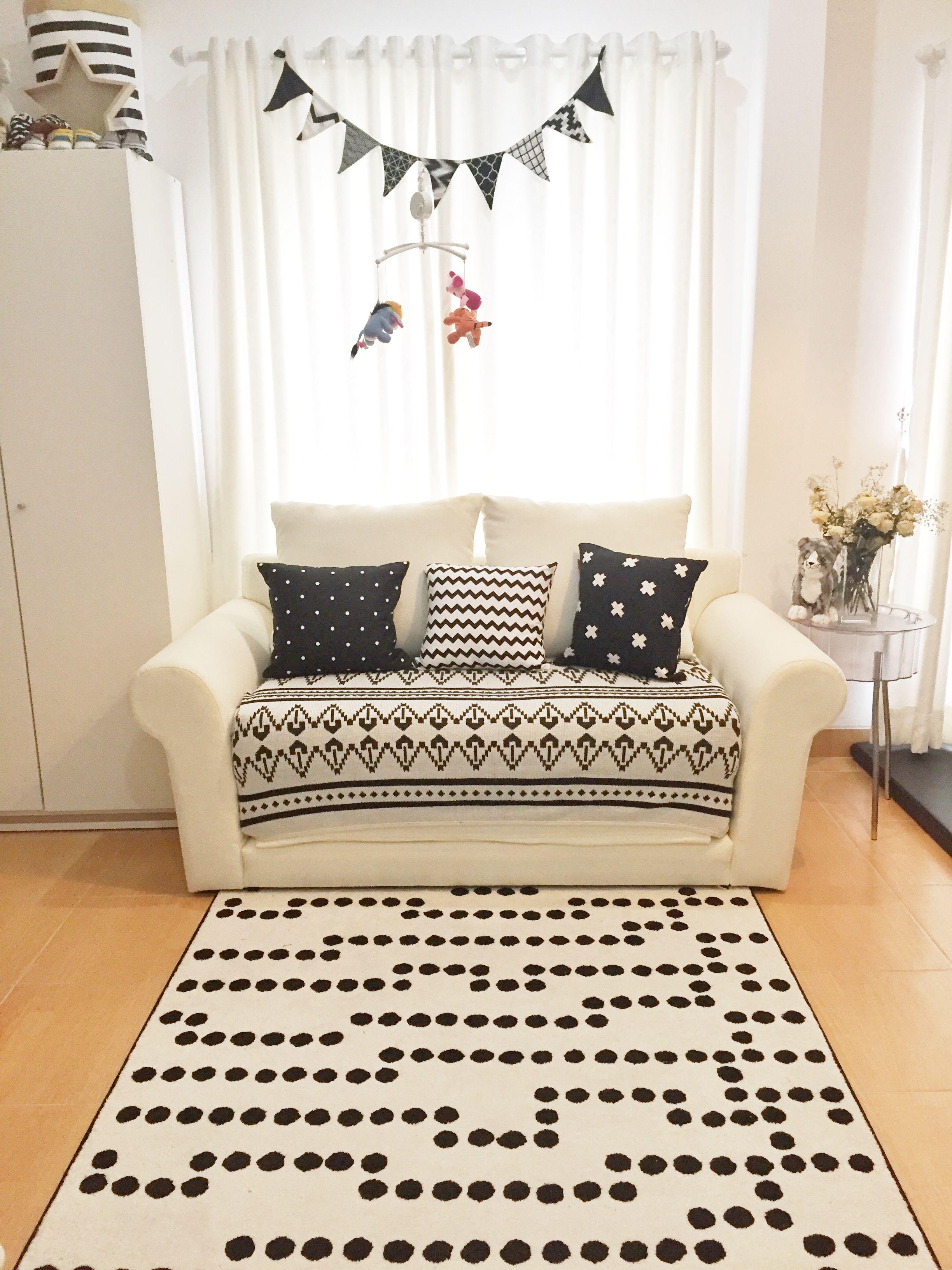 10x10 Grow Room Design: Sofa 2 Seat @dindafazzahra // Dinda Azzahra
