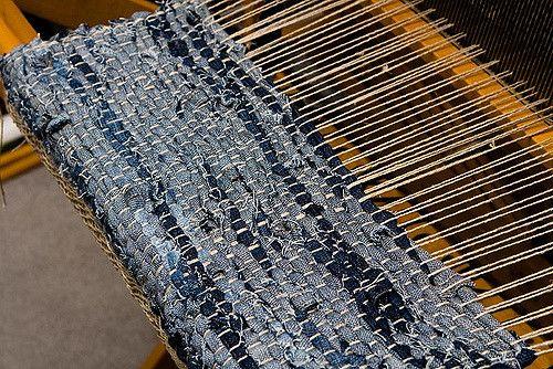 Denim Weaving With Images Denim Rag Rugs Denim Crafts Rag Rug