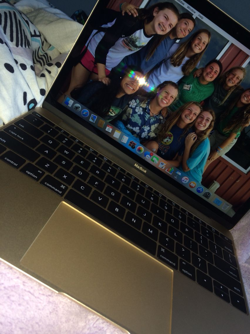 Thank you mom for this MacBook!!! Thank you mom, Macbook