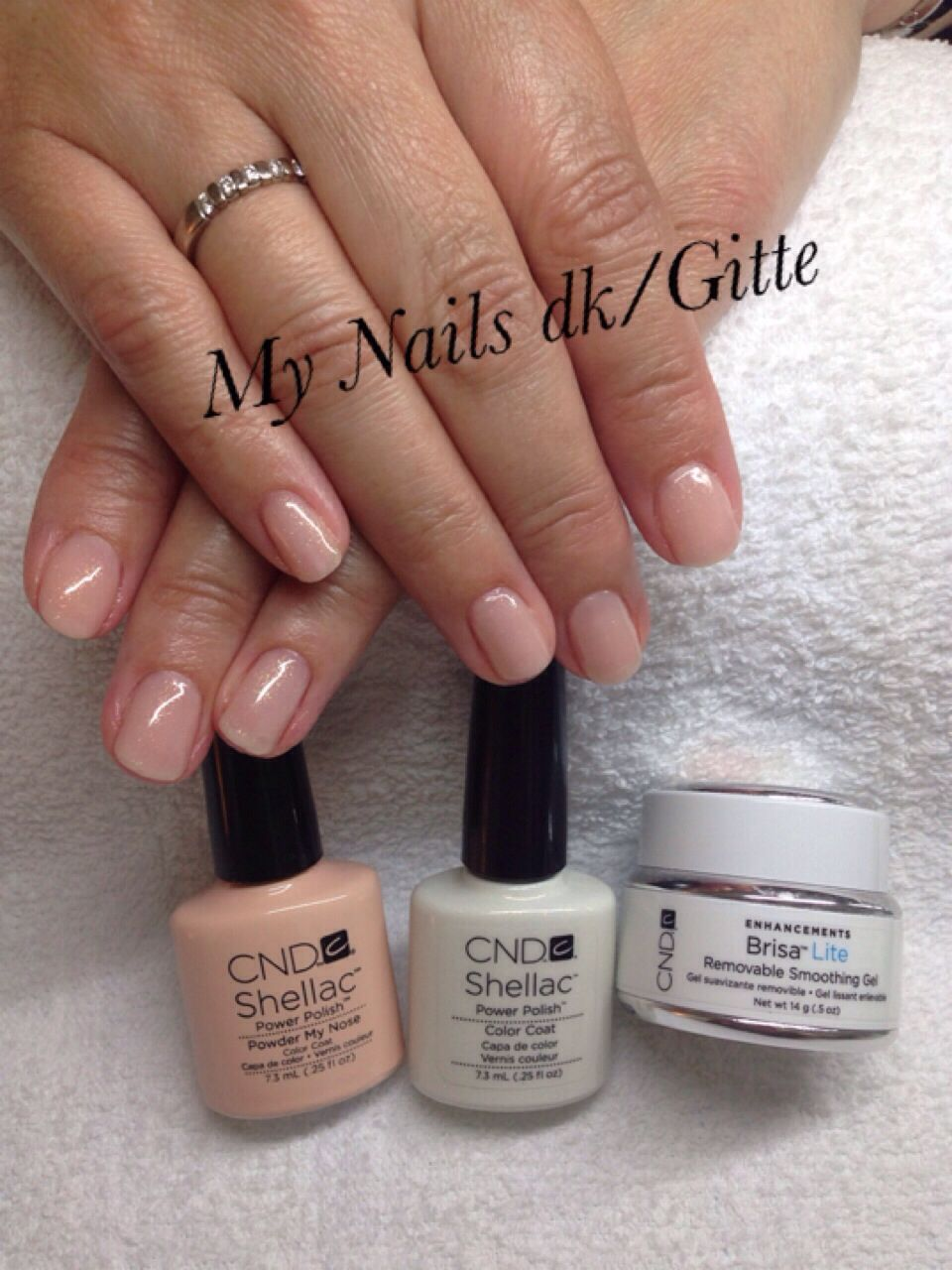 CND Brisa Lite smoothing Gel & CND Shellac På natur negle. Nails ...