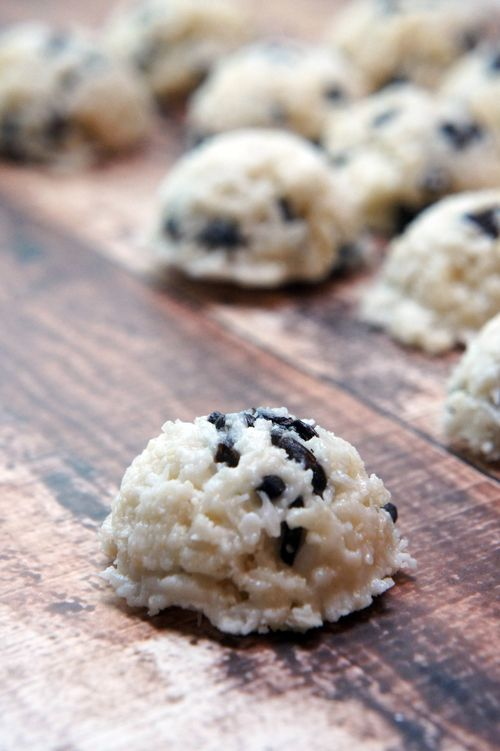 Coconut Snowball Cookies With Cacao Nibs No Bake Paleo