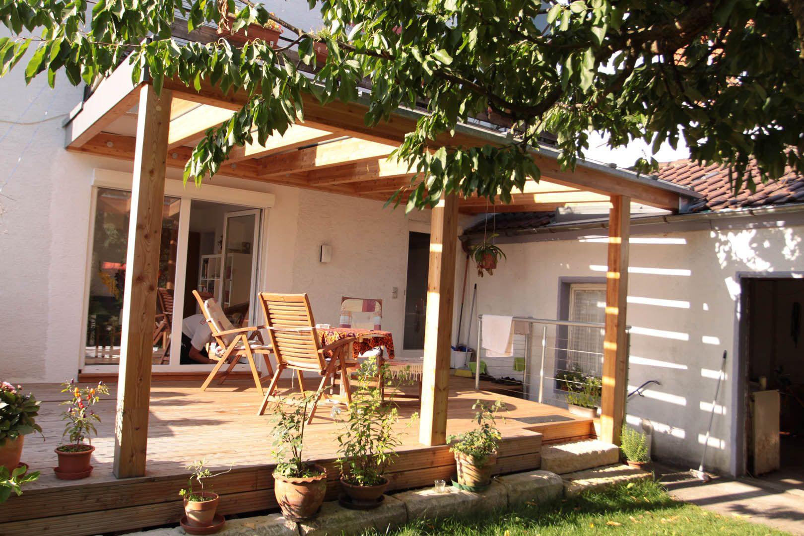 holz terrasse mit glas berdachung veranda aus holz. Black Bedroom Furniture Sets. Home Design Ideas