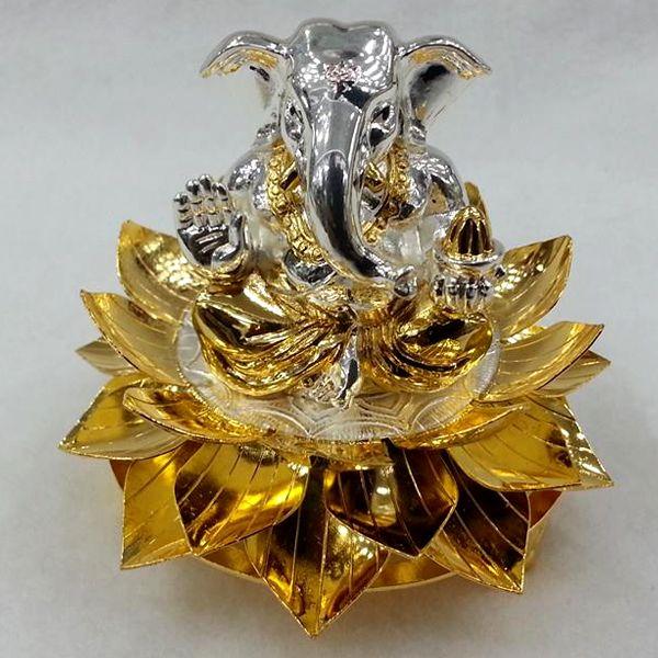 Silver Lotus Peetam Silver In 2019 Silver Lamp Silver Pooja