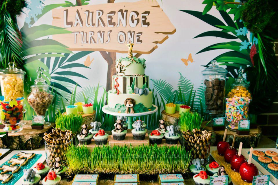 Party theme Madagascar Amelies Madagascar Birthday Pinterest
