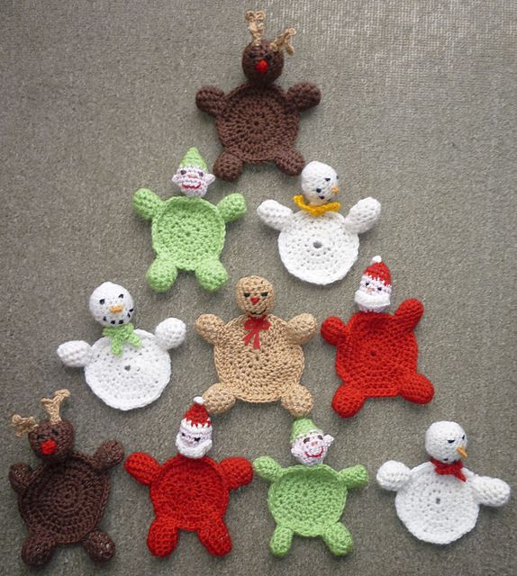 Free Pattern These Christmas Coasters Are Such A Cute And Festive Spot To Place Crochet PatternsHoliday