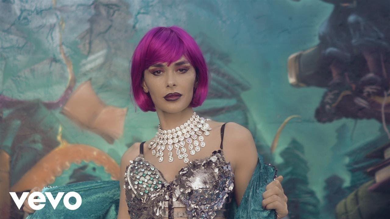 Pin Auf Music Video