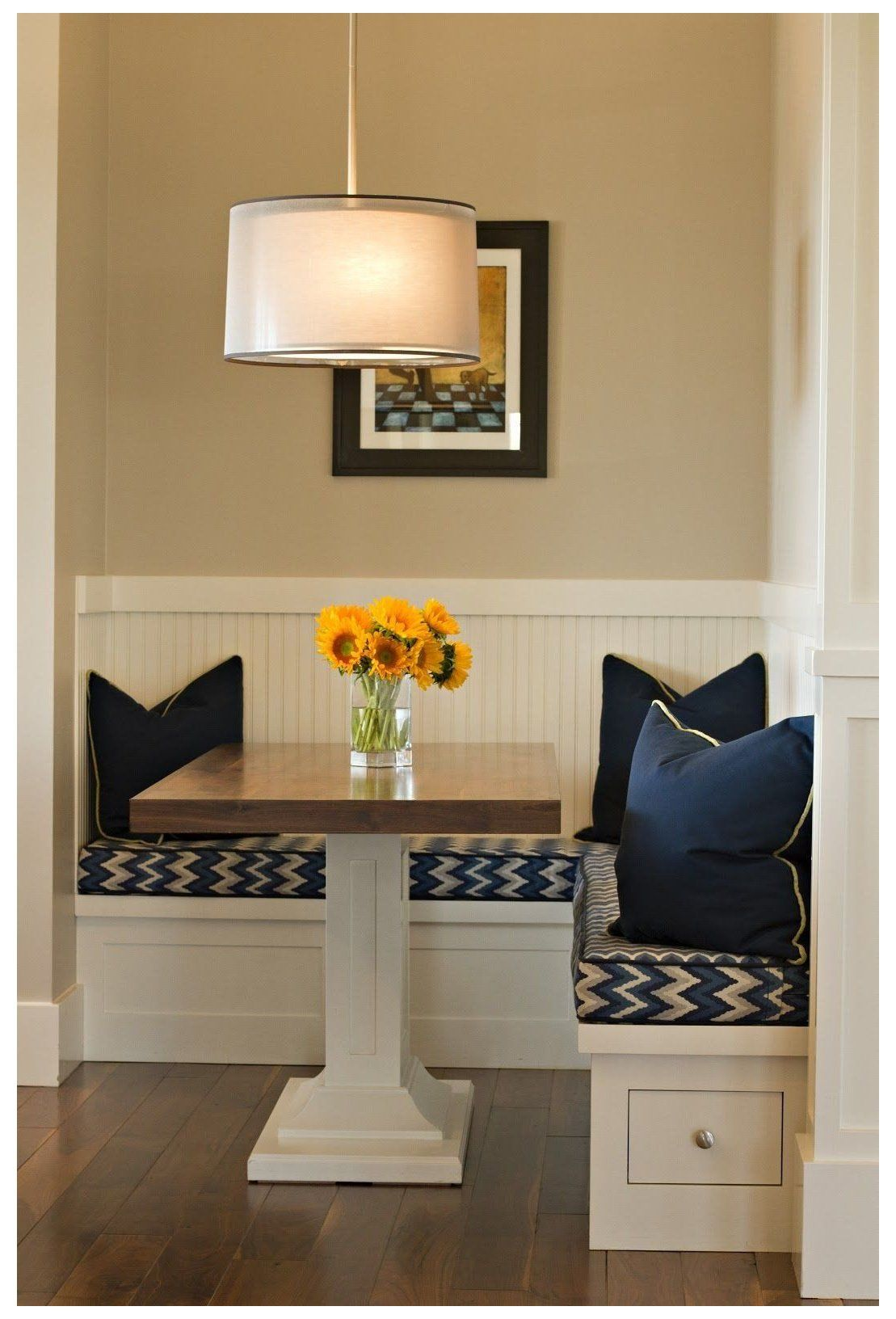 Small Kitchen Table With Bench Seating Cozy Kitchen Corner Small Kitchen Table With Bench Seating Small Dining Room Small Small Kitchen Tables Dining Nook