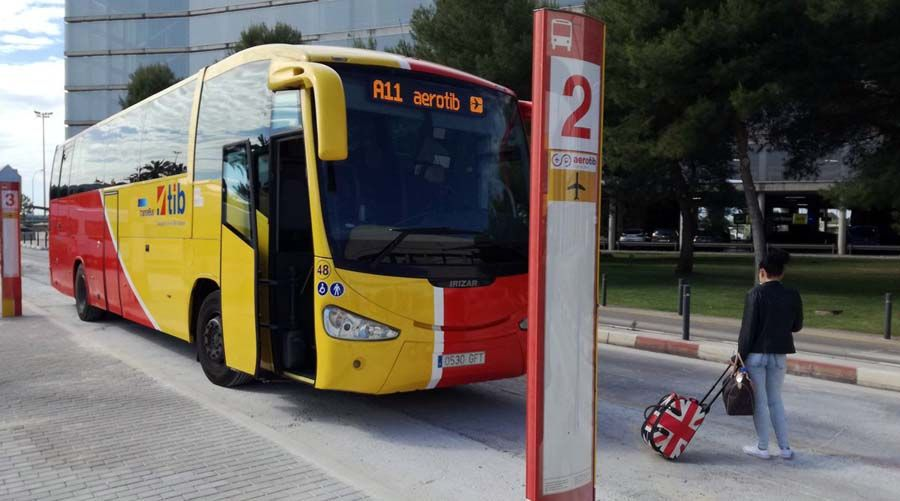 Aerotib: Ab heute mit dem Linienbus vom Flughafen Mallorcas an die Küste