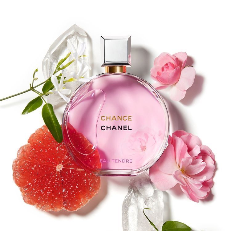 Surprise Mom With Chanel Chance Eau Tendre A Floral Fruity Fragrance In A Round Bottle Soft And Tender Top Notes Swee Chanel Fragrance Chanel Perfume Perfume
