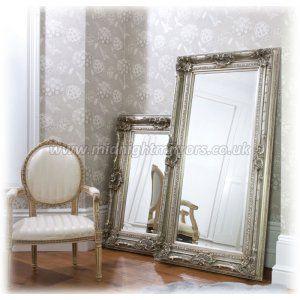 Nice dressing mirror,great frame