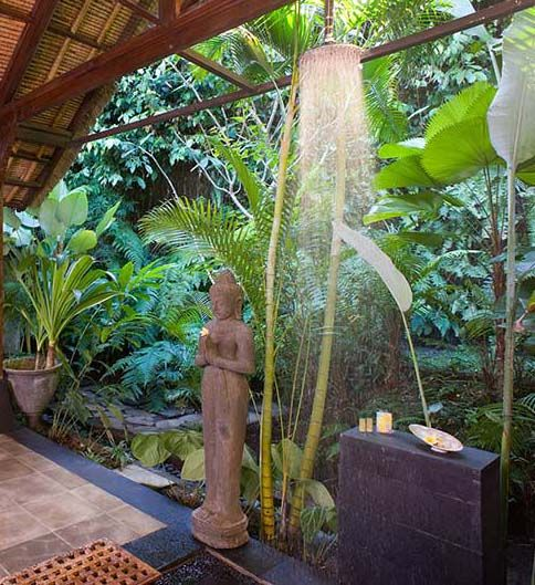Jungle Vines And Carved Statutes Captivate Maya Retreat's