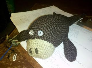 Reluctant Domestic Diva: crochet walrus free pattern