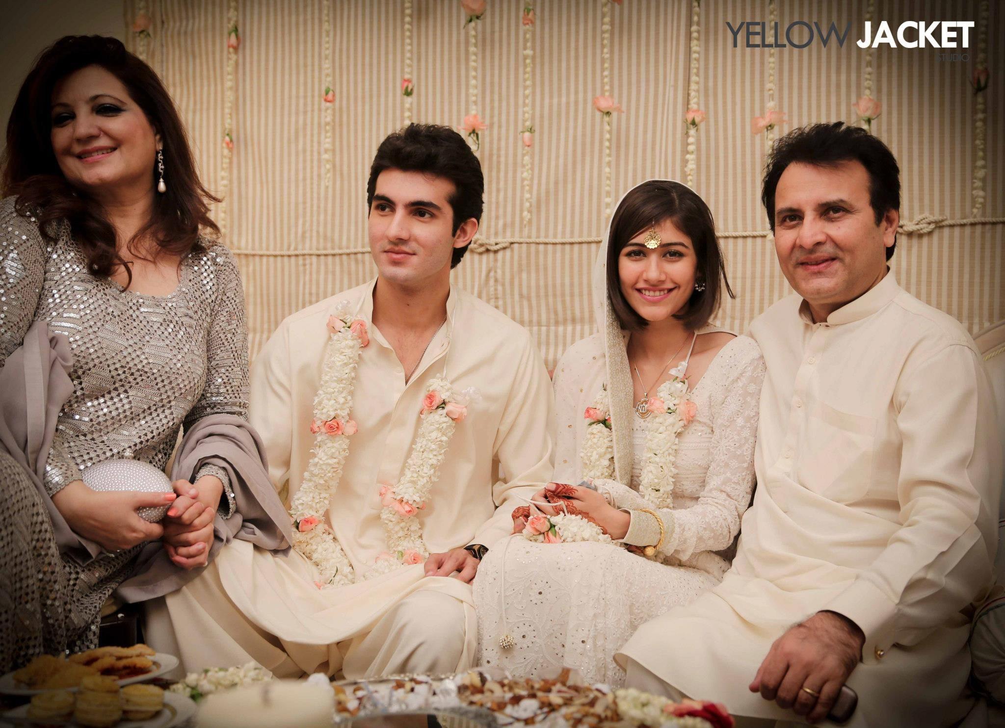 Bahroz Sabzwari With Family