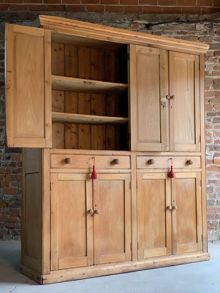 Victorian Pine Housekeepers Cupboard Pantry Antique 19th Century Circa 1890 19t 189019t 19th Ant In 2020 Cabin Furniture Antique Kitchen Cupboard Pantry Cupboard