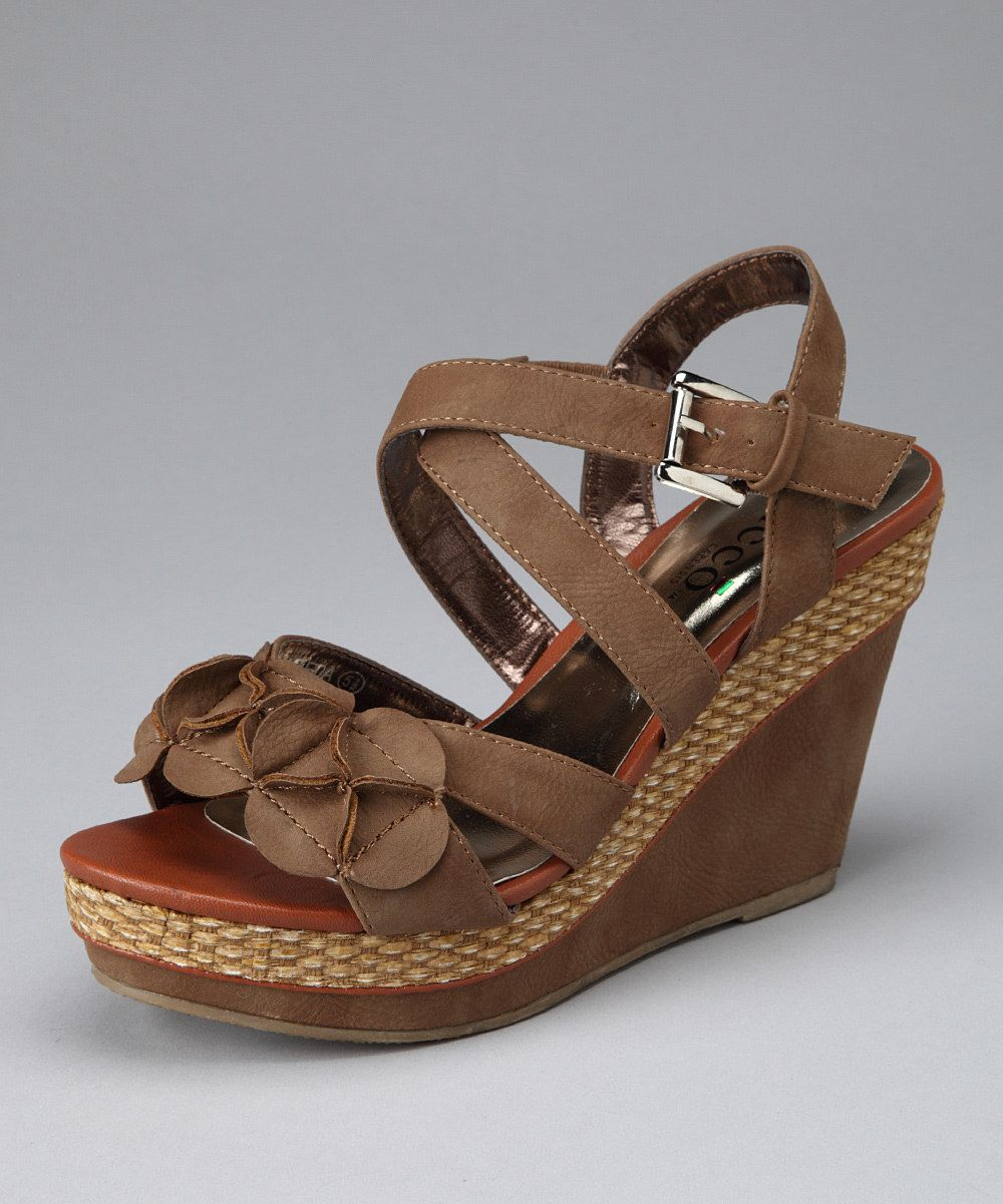 Nice clunky but cute wedge