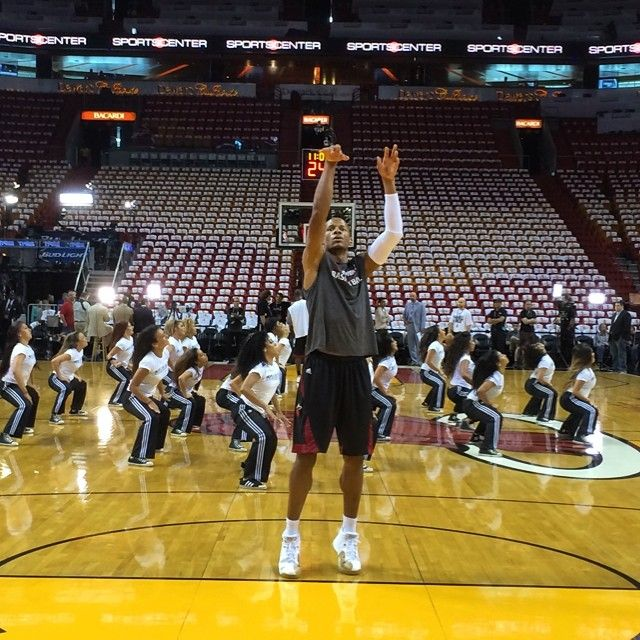 Ray Allen gets his early sweat in prior to tonight's #NBAFinals Game 4 on ABC.