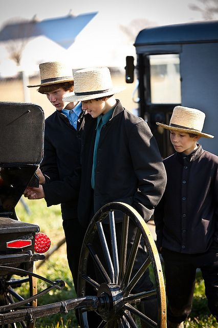 a comparison of inuit and the amish people It's a coming of age thing it's that time period when they get to know other young people, said yoder despite growing pressure from the modern world, the amish have an 85-90% retention.