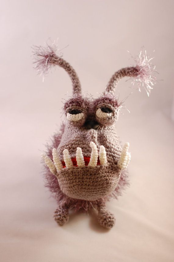 gru\'s dog crochet pattern - Google zoeken   crochet, my fave ...