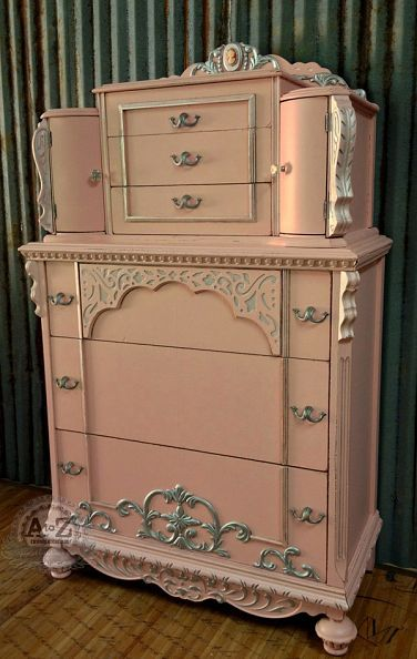 A Beautiful Pink And Silver Chalk Painted Vintage French Country Shabby Chic Chest Of Drawers Cherie