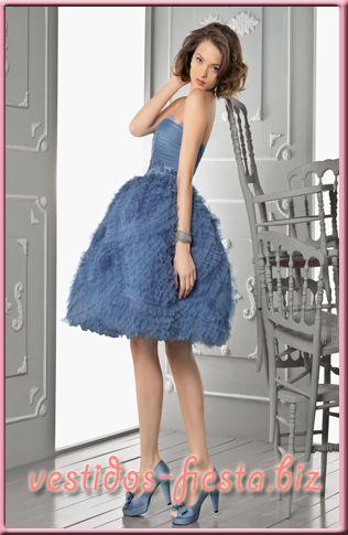 Vestidos de fiesta azul y rosa