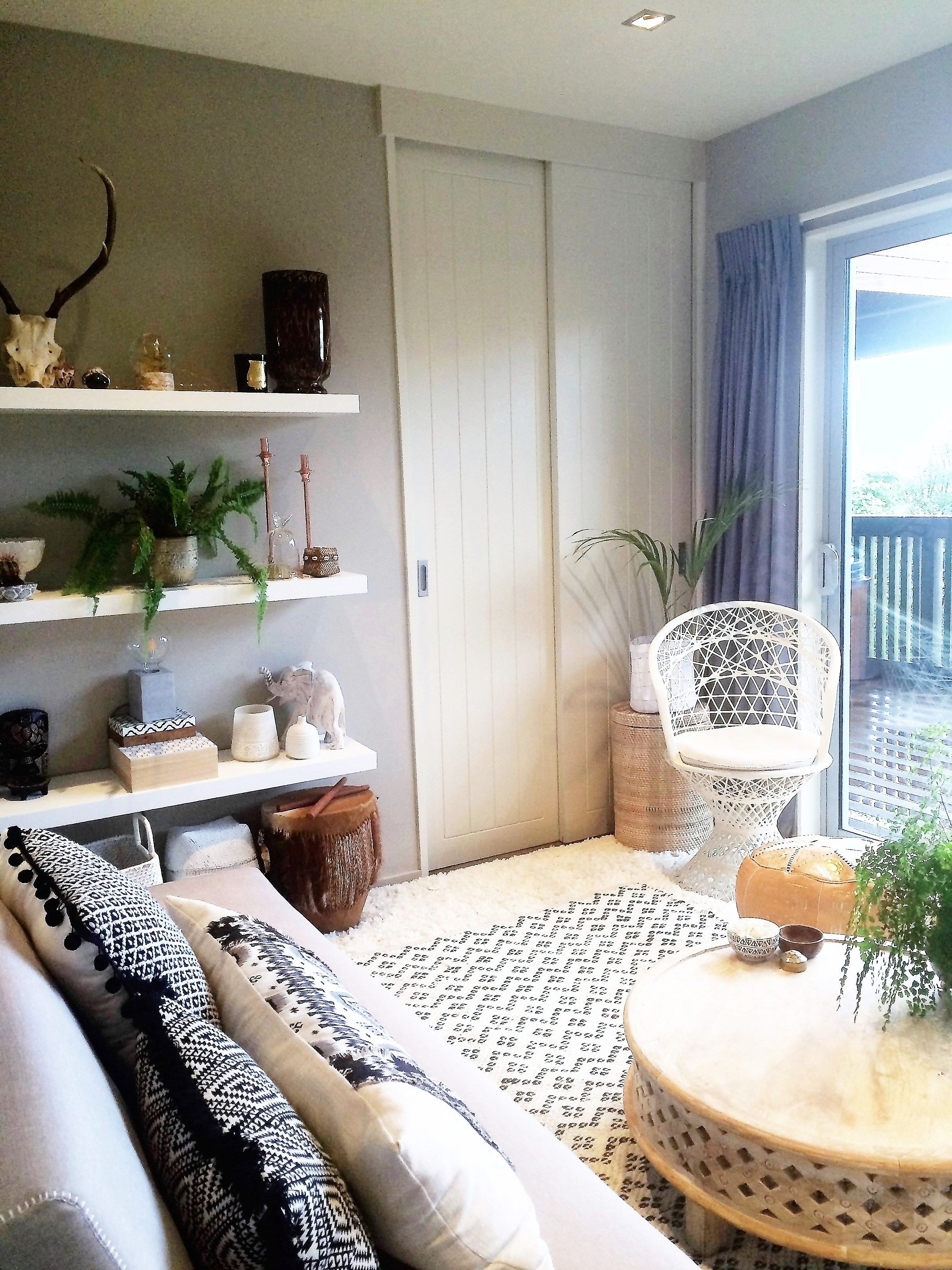 small bedroom turned into a comfortable living room boho decor rh pinterest ca