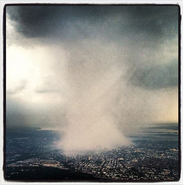 An Unreal Instagram Photo Of The NYC Thunderstorm From A Plane Over Queens    Read more: http://www.businessinsider.com/crazy-new-york-thunderstorm-photo-from-above-queens-2012-7#ixzz220oxbQ5Q
