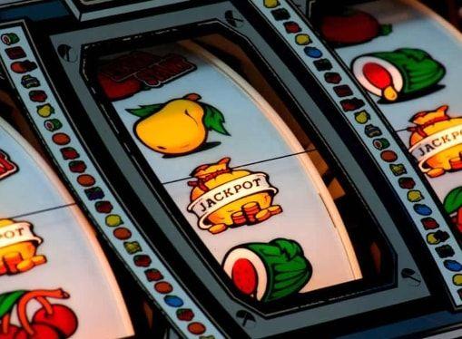 Играть игровой автомат гладиатор