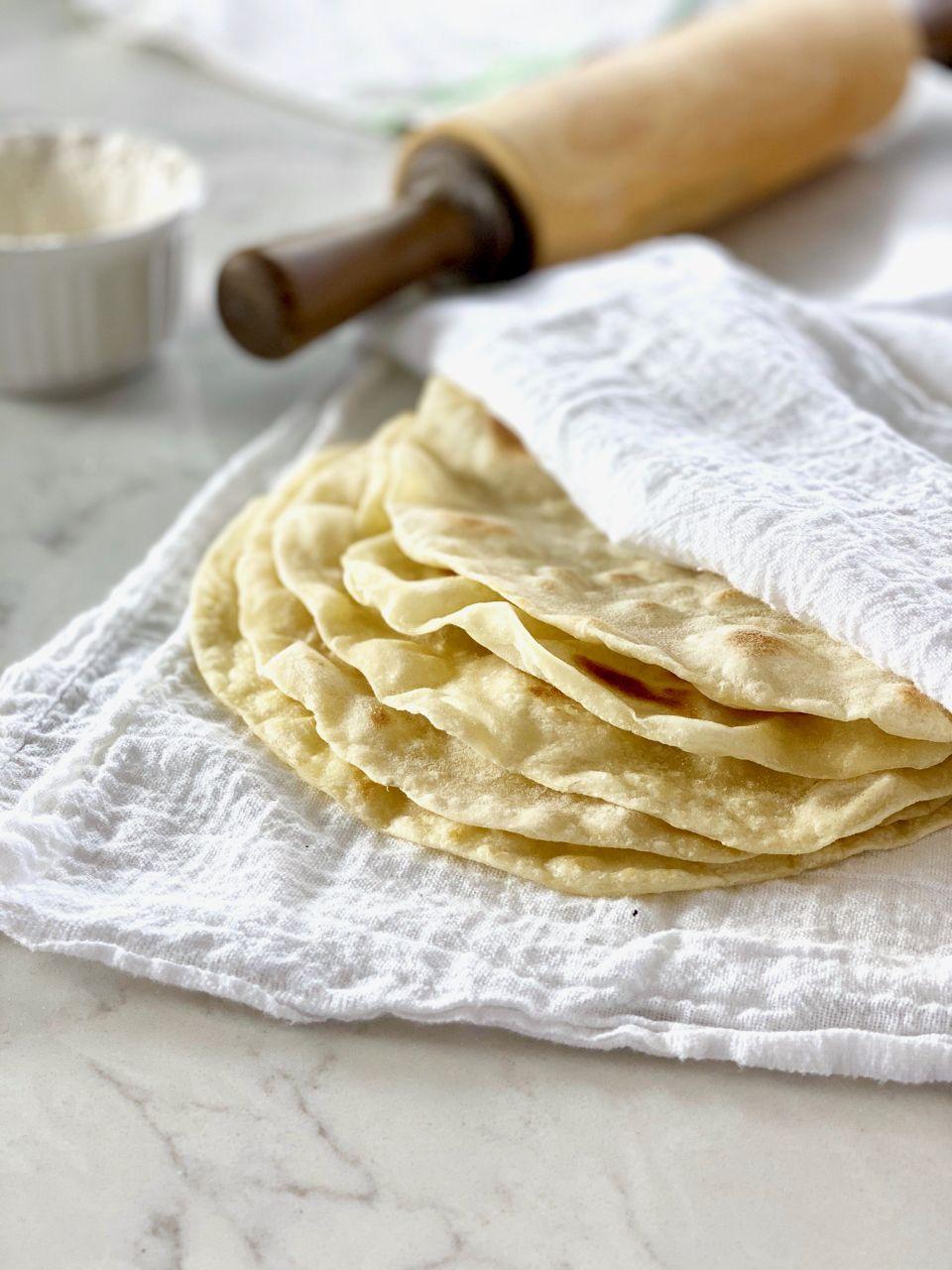 Authentic flour tortilla recipe how to make homemade