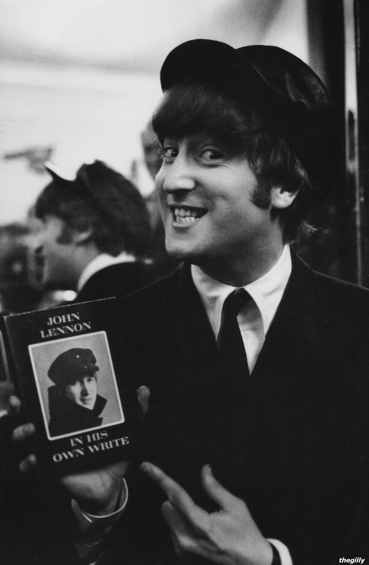 John Smiles With His First Book In His Own Write 1964 The Beatles John Lennon John Lennon Beatles