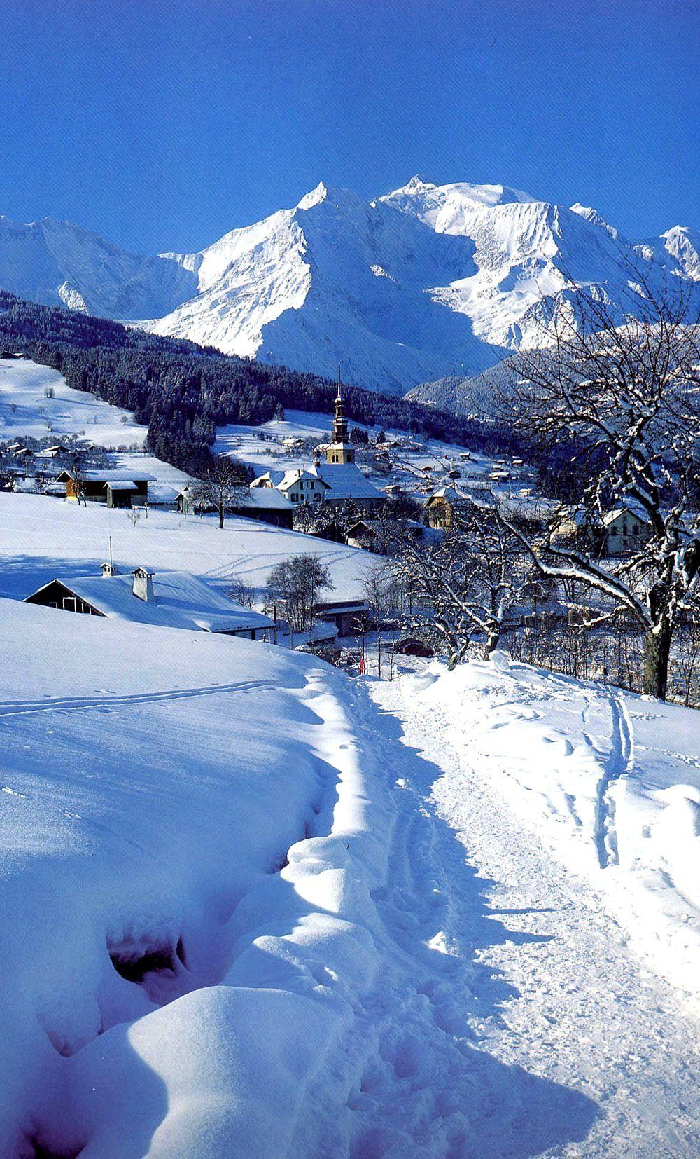 Combloux Rhone Alpes France Combloux Paysage De Neige Paysage Montagne