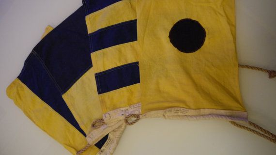 Vintage Dettra Nautical Signal Flags