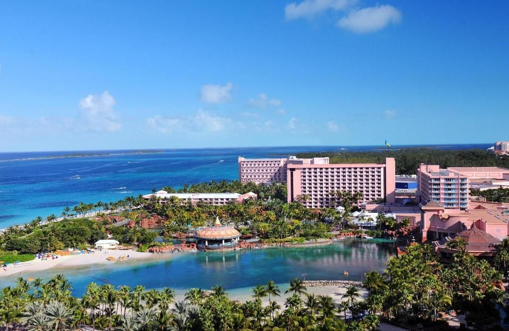 Hotel Beach Tower Atlantis Bahamas Hoteldirect Info
