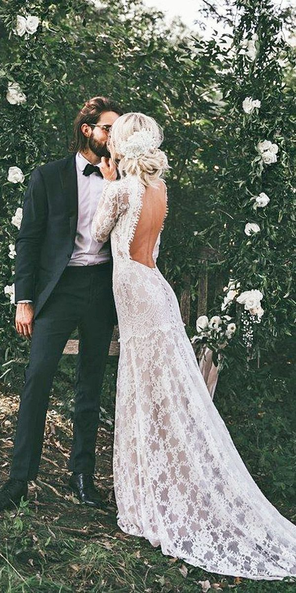 30 Vintage Wedding Dresses You Will Fall In Love 8