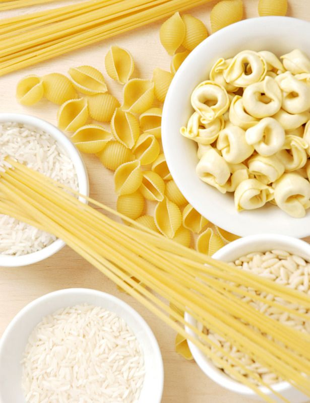 Te contamos la verdad sobre comer pasta y arroz por las noches