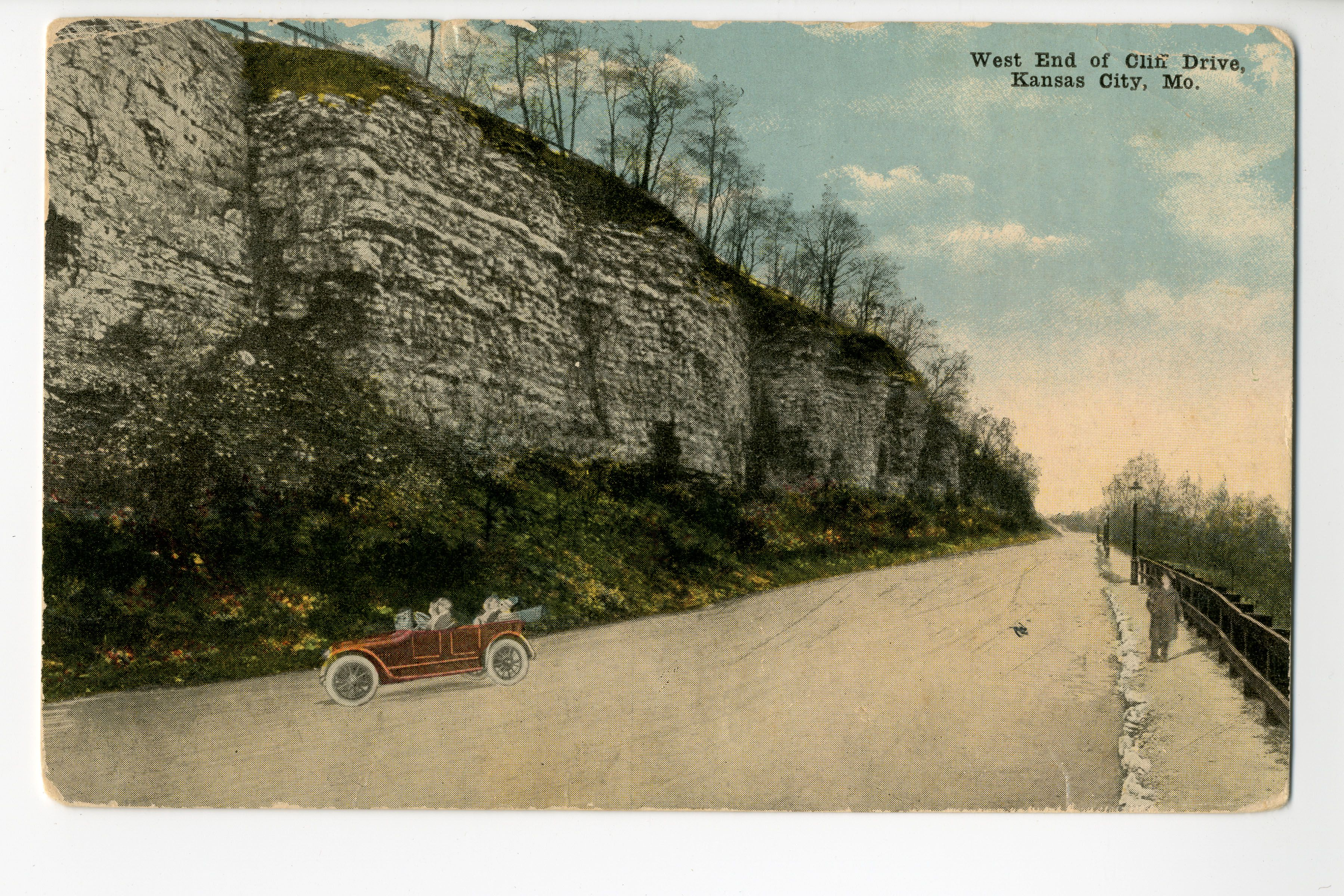 Postcard Of The West End Cliff Drive In Kansas City Missouri This Vantage Point Faces Southwest From A Bend Just Chestnut Avenue